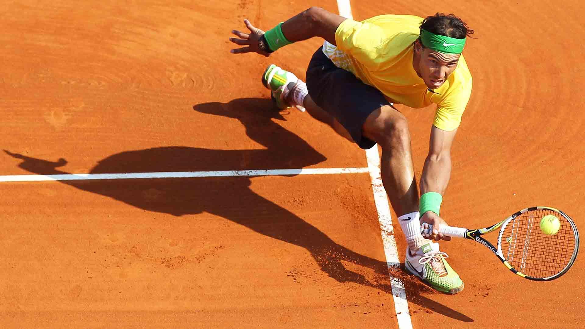 Rafael Nadal beats David Ferrer to win his seventh straight Rolex Monte-Carlo Masters title.