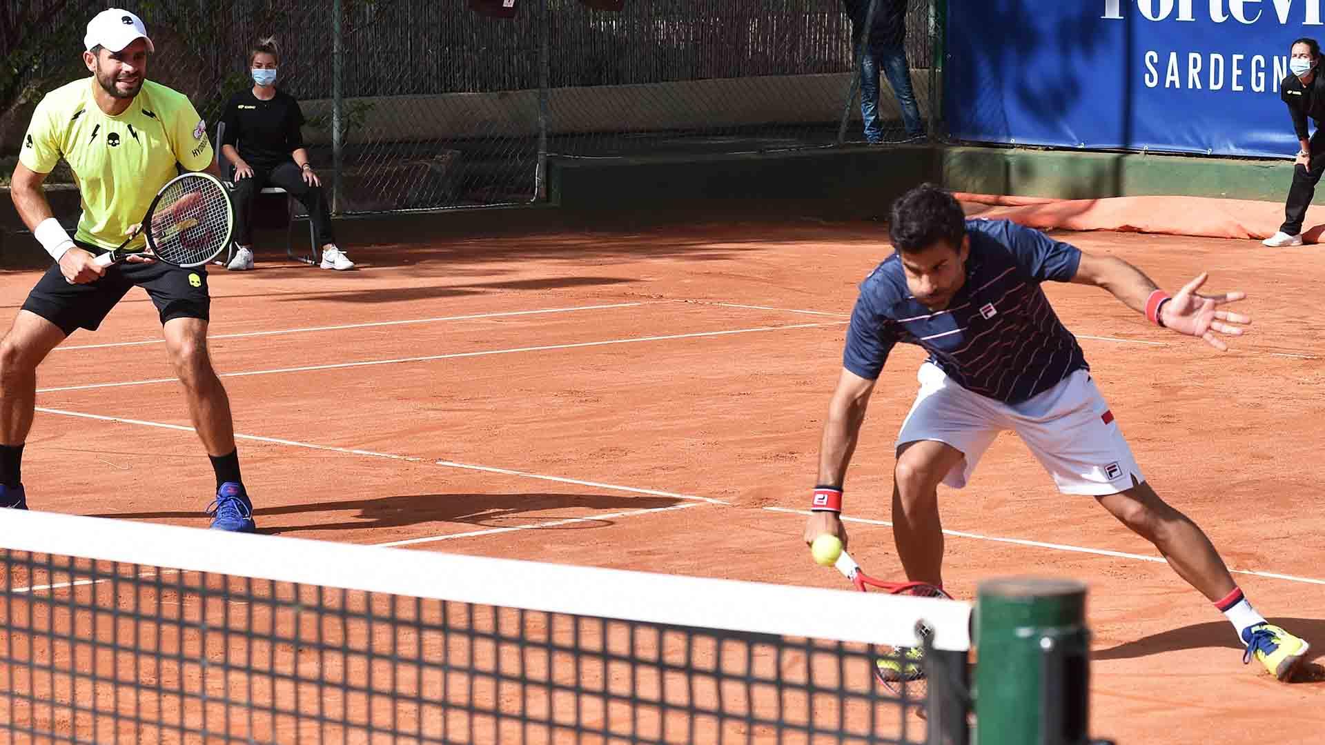 Simone Bolelli and Maximo Gonzalez will face Juan Sebastian Cabal and Robert Farah in the Forte Village Sardegna Open semi-finals.