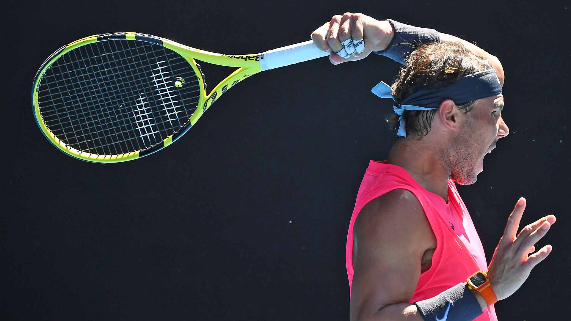Rafael Nadal powers into the fourth round of the Australian Open.