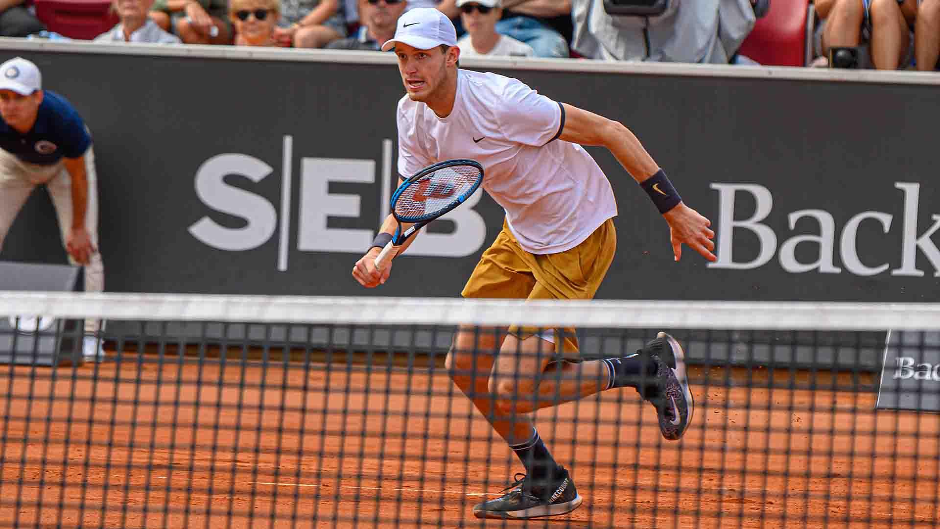 Nicolas Jarry converts two of two break points to beat Juan Ignacio Londero in the Swedish Open final on Sunday.