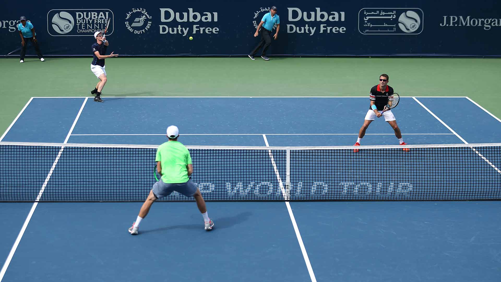 Jamie Murray and Tommy Robredo advance in Dubai.