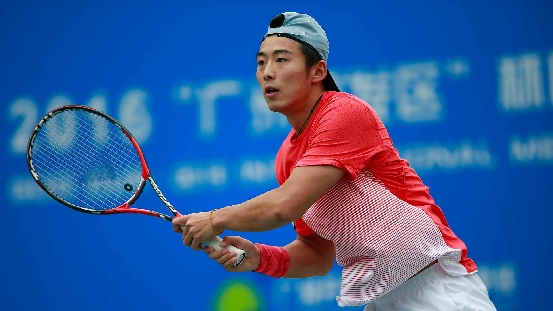 Ze Zhang has continued his run of good form by reaching the semi-finals in Guangzhou.
