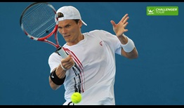 Peter Luczak made a surprise run to the doubles final at the ATP Challenger Tour event in Tallahassee.