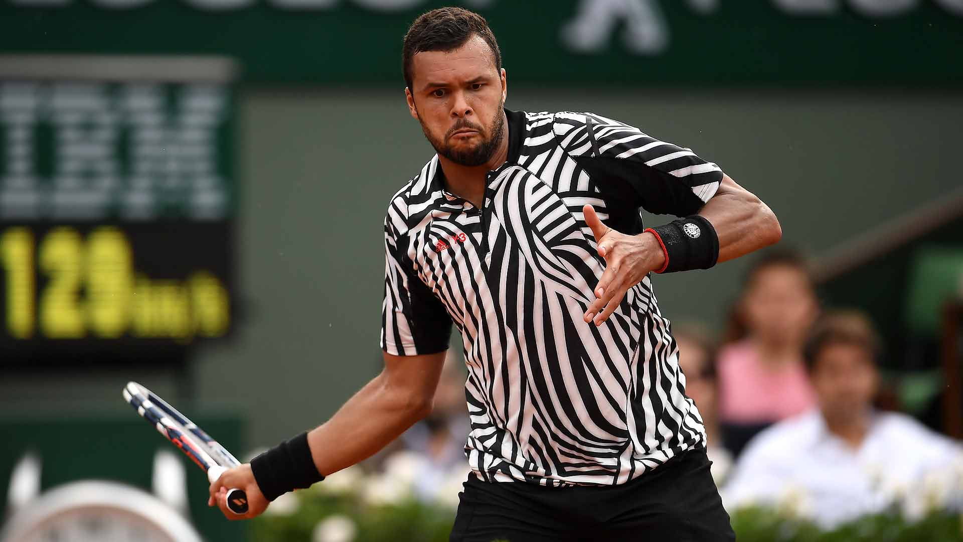 Jo-Wilfried Tsonga survives a marathon match on Thursday at Roland Garros.