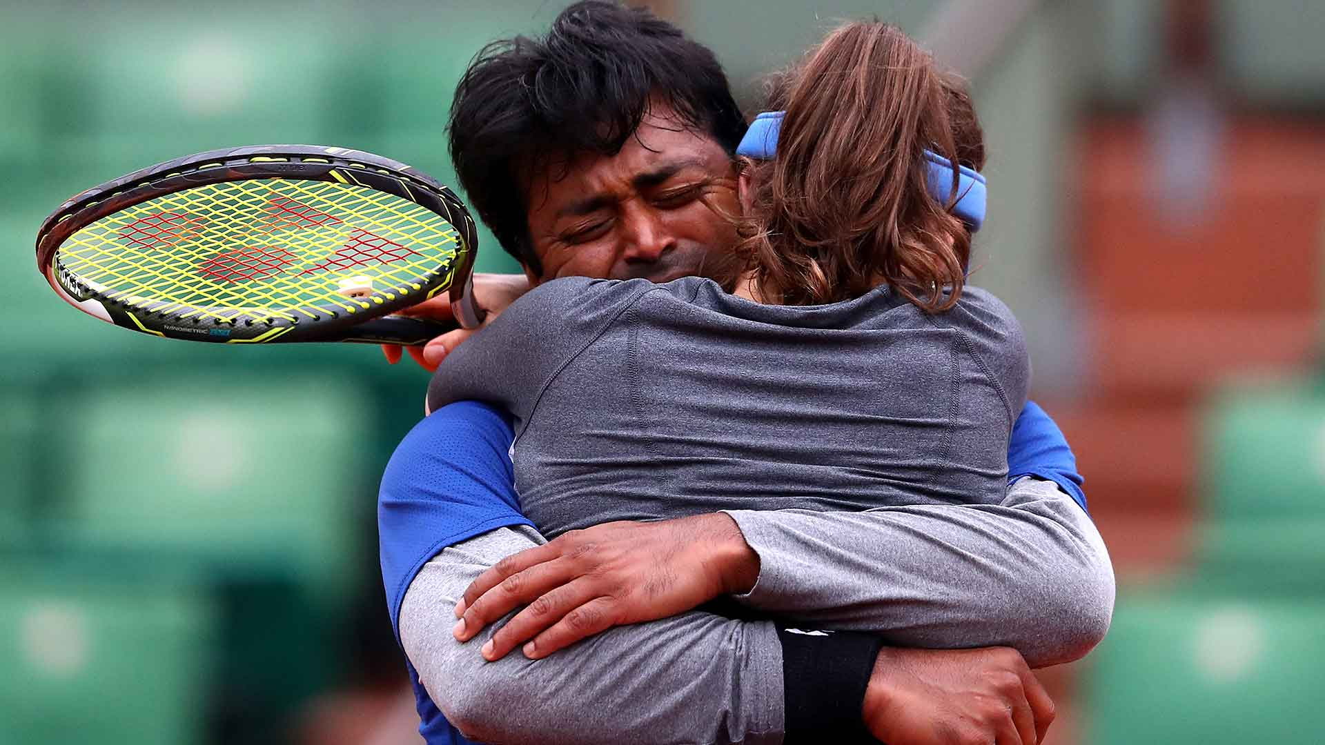 Leander Paes teams up with Martina Hingis to capture the Roland Garros mixed doubles title.
