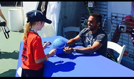 Estrella-Burgos-Newport-2016-Tuesday-Autographs