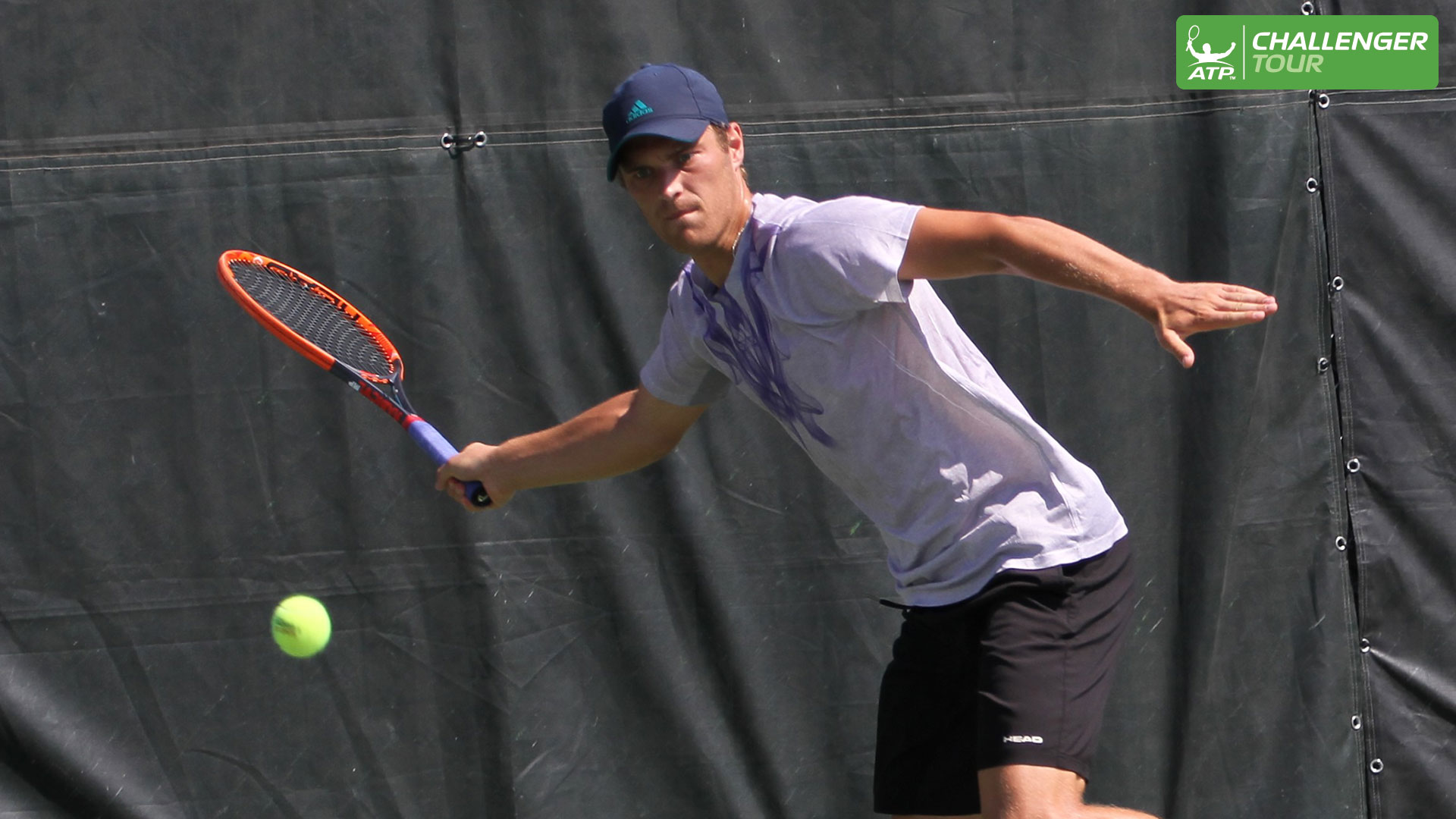 Finn Tearney shocks top seed Quentin Halys at the ATP Challenger Tour event in Gatineau.