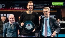 Jerzy Janowicz takes the title at the ATP Challenger Tour event in Bergamo.