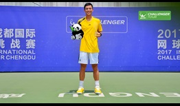 Yen-Hsun Lu picks up his 28th ATP Challenger Tour title in Chengdu.