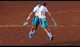 Mike Bryan, left, and Bob Bryan are going for their seventh Houston doubles team title this week.