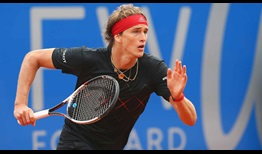 Alexander Zverev races into the Munich semi-finals with a 62-minute win over fellow German Jan-Lennard Struff on Friday.
