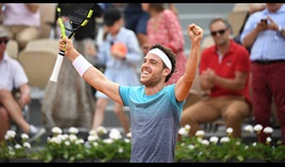 Cecchinato Roland Garros 2018 Day 8 Celebration