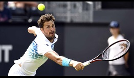 Robin Haase defeats Ivo Karlovic in three sets at the Libema Open on Monday.