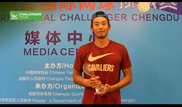 Zhang Ze lifts his second ATP Challenger Tour trophy, prevailing on home soil in Chengdu.