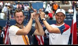 Sock-Bryan-US-Open-2018-Trophy