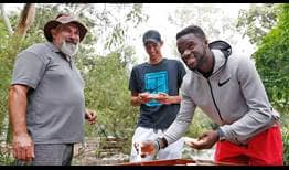 Alexei Popyrin and Frances Tiafoe sample Aussie 'Bush Tucker' ahead of the Sydney International.