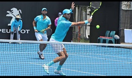 Robert Farah y Juan Sebastián Cabal avanzan a cuartos de final en el Sydney International.