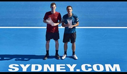 Jamie Murray and Bruno Soares defeat Juan Sebastian Cabal and Robert Farah in straight sets to win the Sydney International on Saturday.