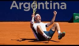 Marco Cecchinato completes a stellar week at the Argentina Open without dropping a set.