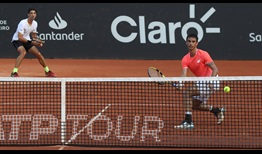 Thomaz Bellucci and Rogerio Dutra Silva play a point in their semi-final win at the Rio Open presented by Claro.