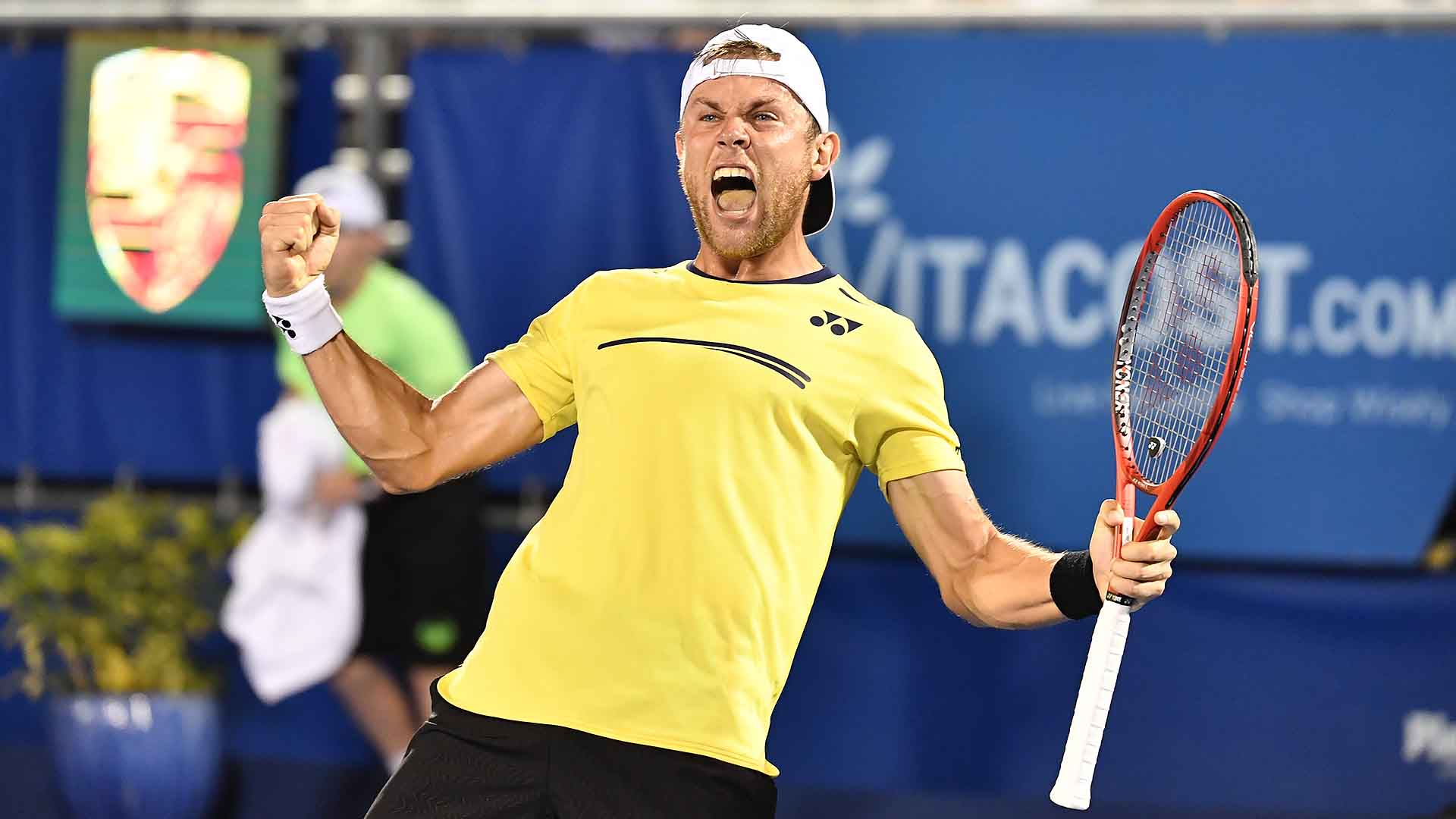<a href='https://www.atptour.com/en/players/radu-albot/a829/overview'>Radu Albot</a> overcomes <a href='https://www.atptour.com/en/players/steve-johnson/j386/overview'>Steve Johnson</a> in a final-set tie-break to reach the <a href='https://www.atptour.com/en/tournaments/delray-beach/499/overview'>Delray Beach Open by VITACOST.com</a> semi-finals.