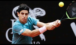 Jaume Munar converts each of his four break points to beat Pedro Sakamoto in straight sets at the Brasil Open on Tuesday.