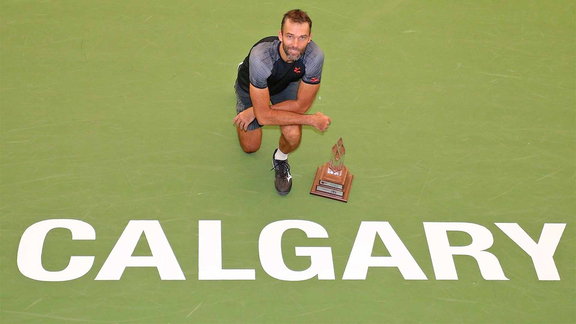 Ivo Karlovic wins a Challenger in Calgary in 2018