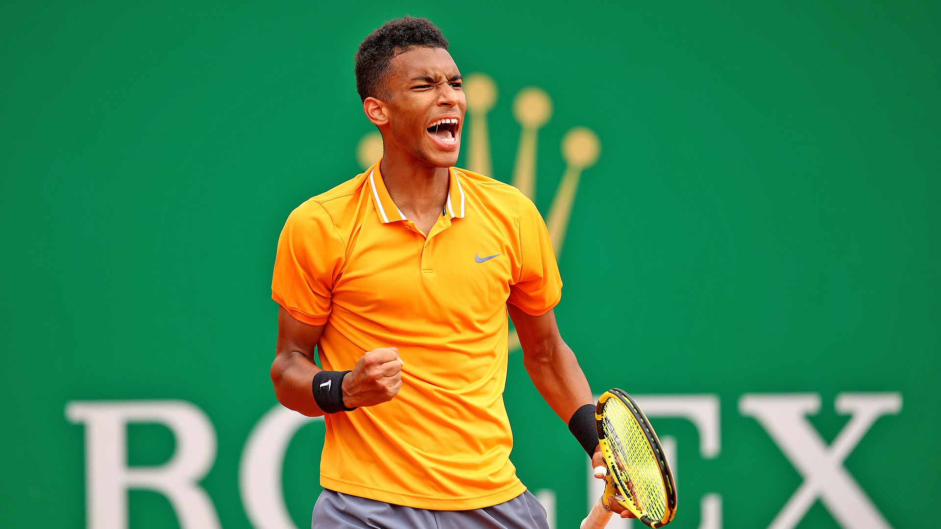 <a href='https://www.atptour.com/en/players/felix-auger-aliassime/ag37/overview'>Felix Auger-Aliassime</a> celebrates a point in Monte-Carlo