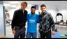 Alexander Zverev and Dominic Thiem meet Luis Suarez and the other players of FC Barcelona ahead of the Barcelona Open Banc Sabadell.