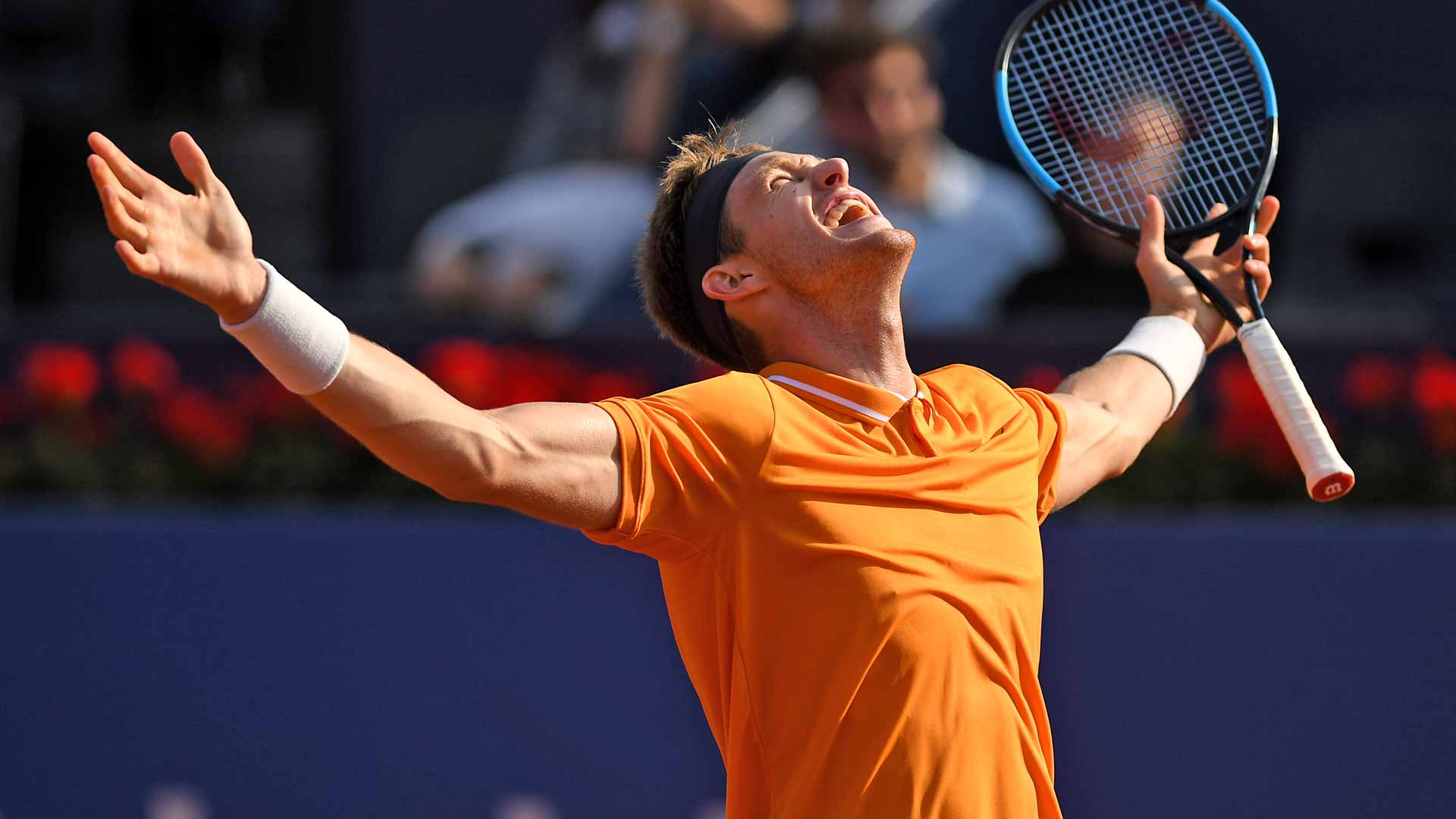 Nicolas Jarry celebrates his win against Alexander Zverev in Barcelona