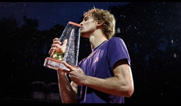 Alexander Zverev saves two championship points to beat Nicolas Jarry in Geneva, lifting his first ATP Tour title of 2019.