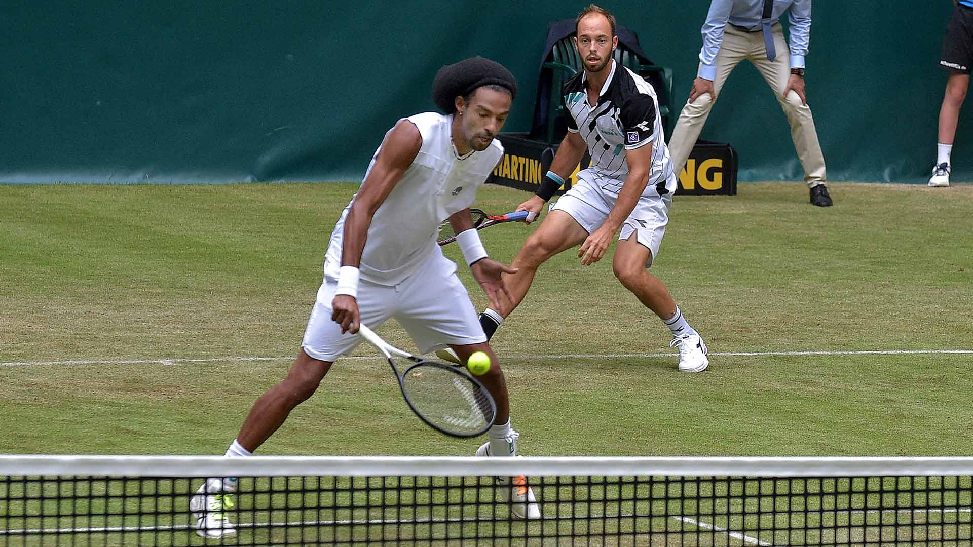 Dustin Brown/Tim Puetz advance on Tuesday at the grass-court ATP Tour event in Halle
