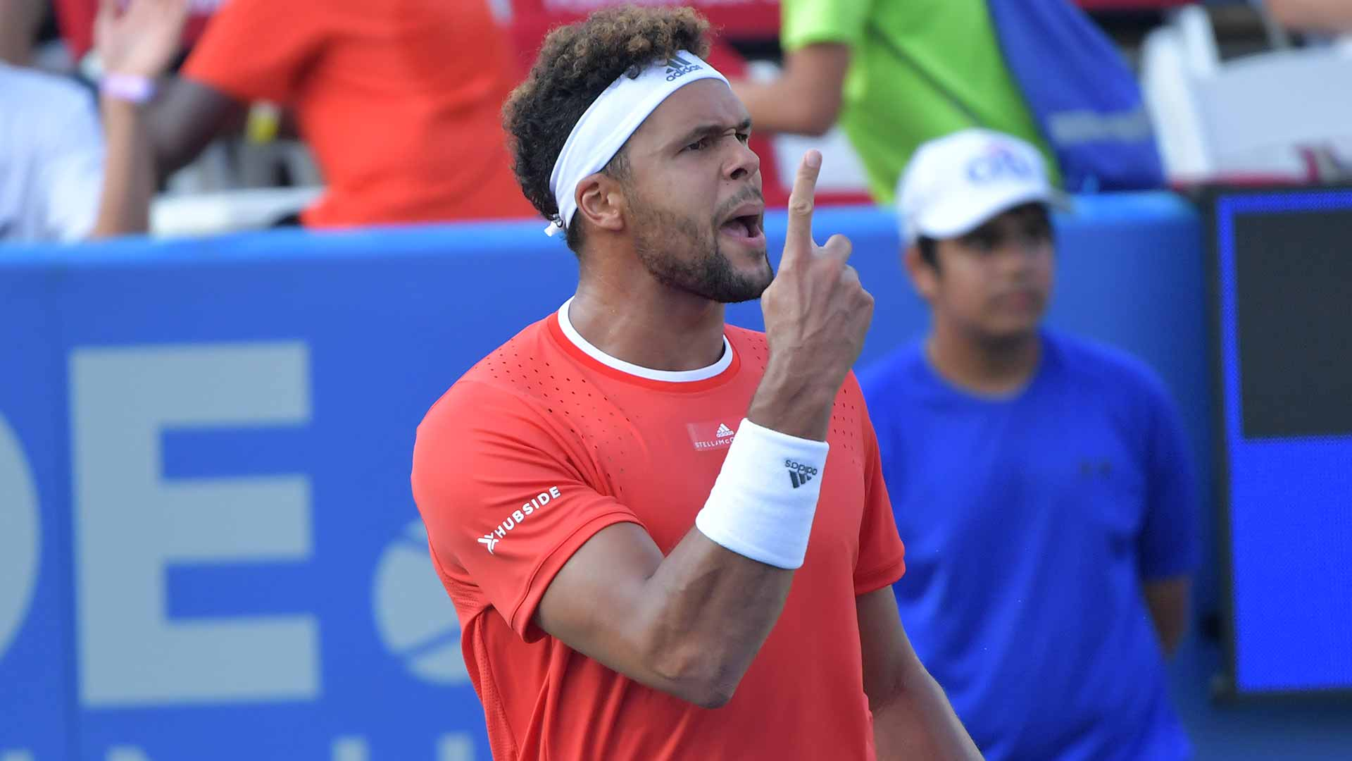 Jo-Wilfried Tsonga wins his first match since Wimbledon on Monday at the CIti Open in Washington, D.C.