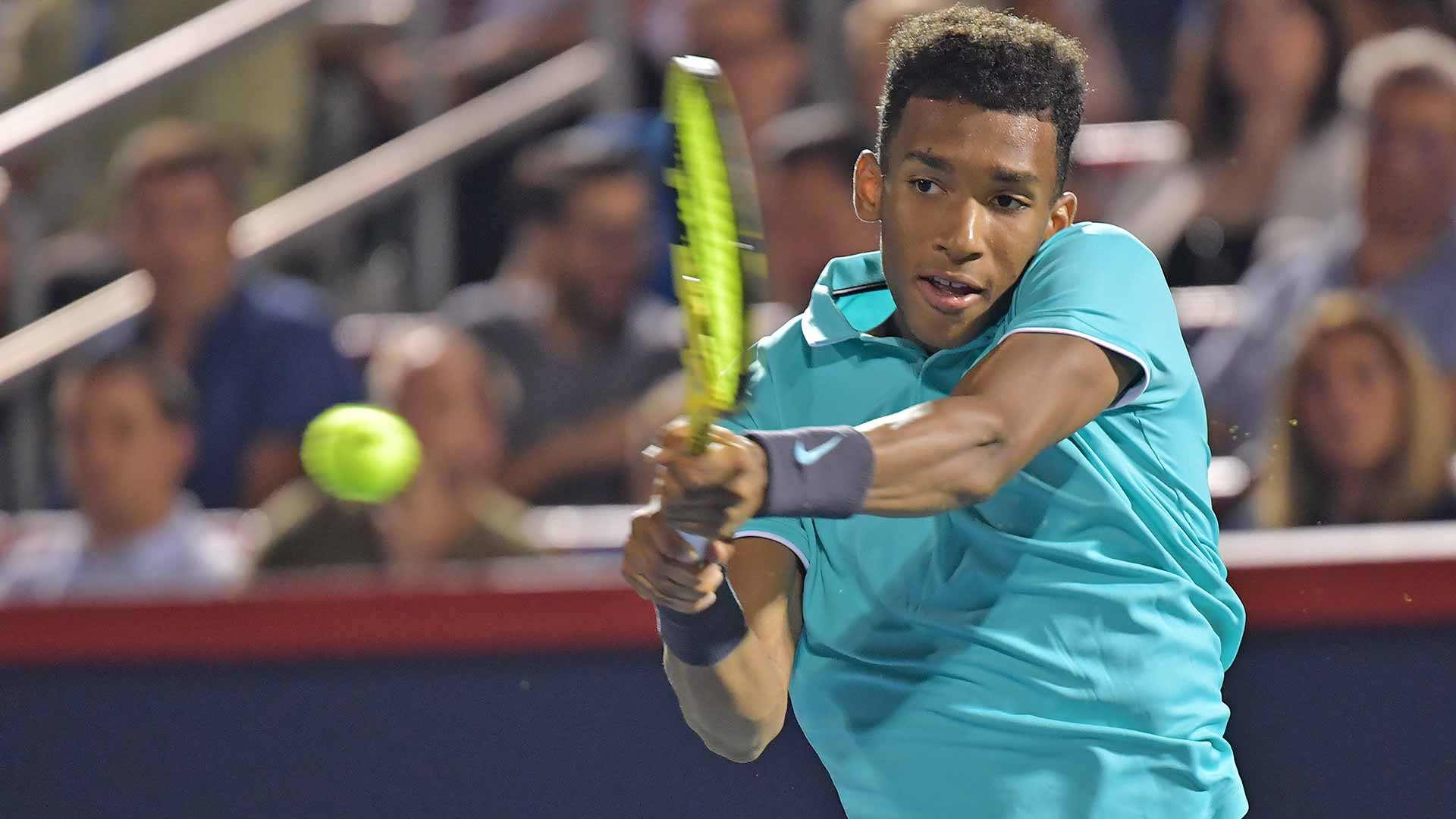 Felix Auger-Aliassime moves on in Montreal on Wednesday at the Coupe Rogers