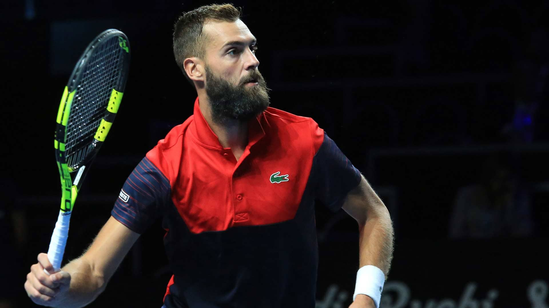 Benoit Paire hits a volley in Metz 2019