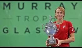 Emil Ruusuvuori lifts his third Challenger trophy of the season in Glasgow.