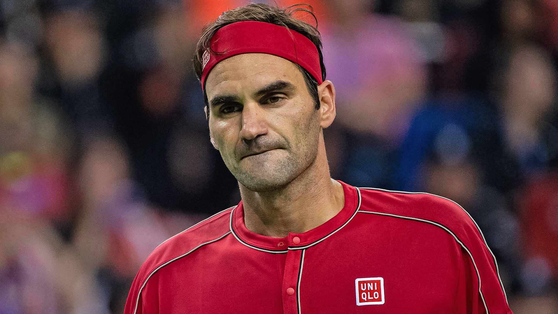 Roger Federer falls to 5-1 in Rolex Shanghai Masters quarter-finals on Friday.