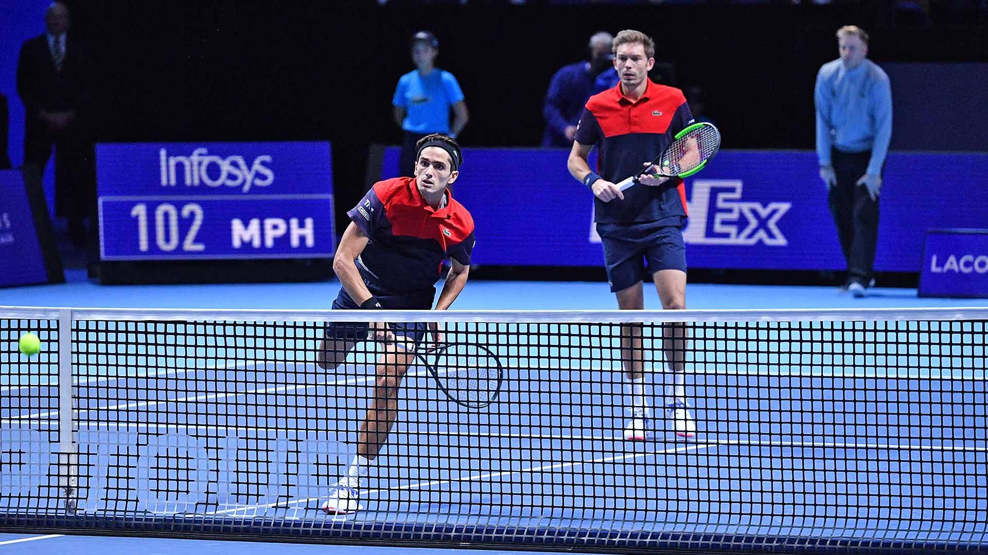 ATP Finals. Прошлогодние финалисты начали турнир с победы над первыми сеяными