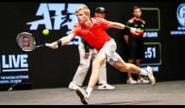 Kyle Edmund is through to his first ATP Tour final in 16 months at the New York Open.