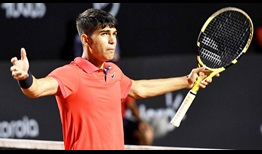 Carlos Alcaraz prevails in his ATP Tour debut at the Rio Open presented by Claro.