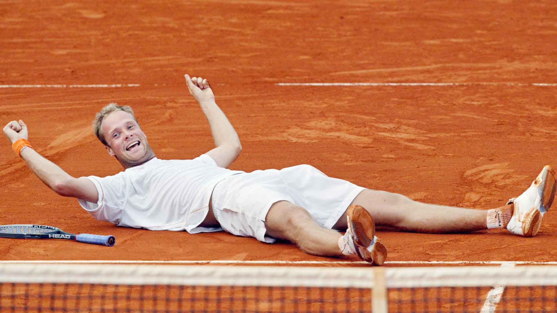 Martin Verkerk landed 27 aces to beat Carlos Moya in five sets at Roland Garros in 2003.