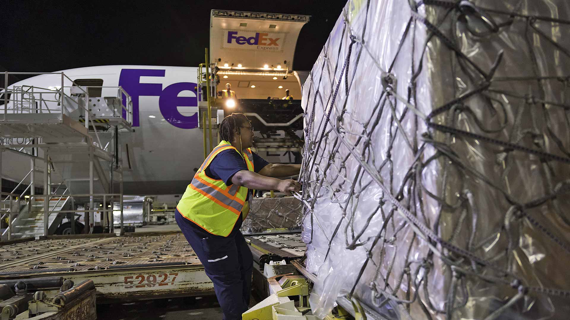 FedEx is stepping up to fight COVID-19 in many countries across the globe.