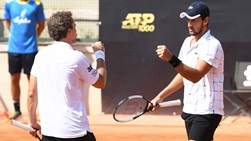 Mate Pavic (right) and Bruno Soares (left) are attempting to capture their second ATP Masters 1000 title as a team this week.