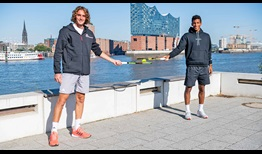 Stefanos Tsitsipas and Felix Auger-Aliassime stopped Monday on the Elbe riverbank overlooking the Elbphilharmonie (Elbe Philharmonic Hall) in Hamburg.