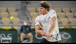 Zverev-Roland-Garros-2020-Wednesday-Backhand
