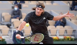 Tsitsipas-Roland-Garros-2020-Thursday-Volley