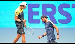 Melo-Kubot-Vienna-2020-Doubles-Final-Fists