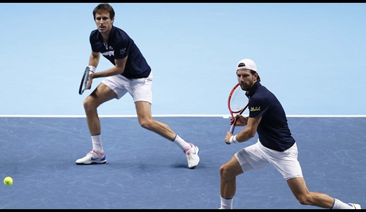 Melzer/Roger-Vasselin Save 5 Match Points!