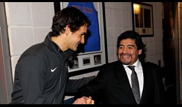 Diego Maradona greeting Roger Federer at the 2010 Nitto ATP Finals.