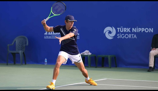 De Minaur Races Into Antalya Second Round